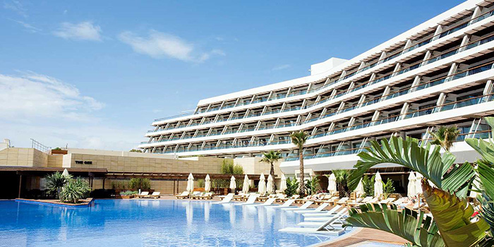 This image has an empty alt attribute; its file name is ibiza-gran-hotel-1.jpeg